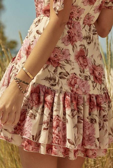 Flora - delikatna sukienka z przewiewnej tkaniny z kontrastowym printem